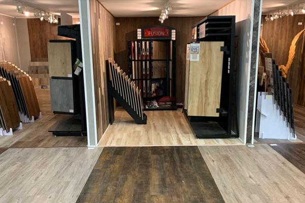 Flooring shop serving the Farmington Hills, MI area