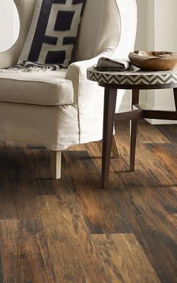 Laminate flooring in Portsmouth, VA from Floors Unlimited