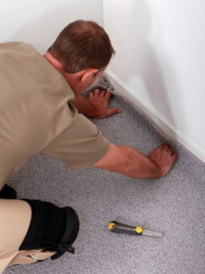 Carpet Stretching in Belleville, IL from Valor Home Services