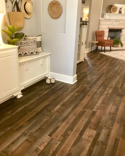 Luxury vinyl flooring in Midland, TX from Floors 2 Ur Doors