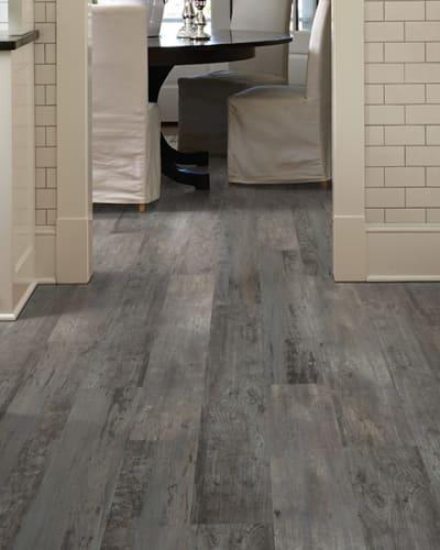 Vinyl flooring in St. Joseph, MO from Carpet Masters