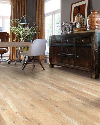 Laminate flooring in Millbrae, CA from Luxor Floors Inc.