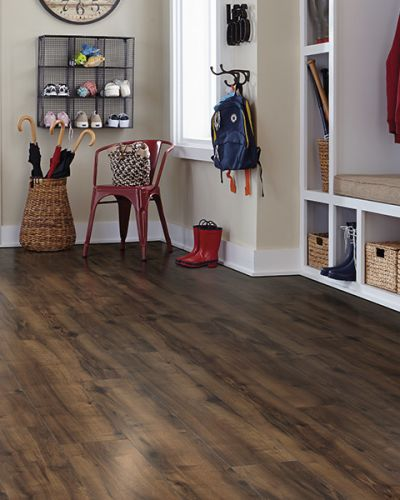 Laminate flooring in Waukesha, WI from FloorQuest