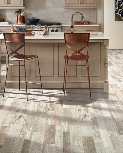 Laminate flooring in Troy, MI from Carpet Guys