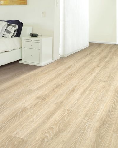 Laminate flooring in Conneaut, OH from Carpet Mart