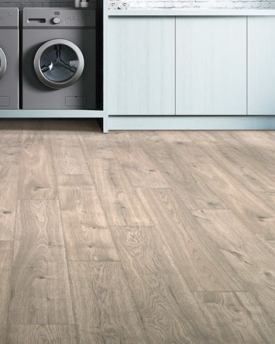 Laminate flooring in Roswell, GA from Alpha Rug Expo