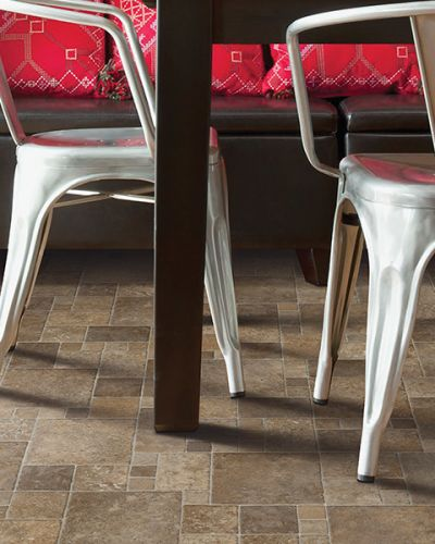 Luxury vinyl flooring in Omro, WI from FloorQuest