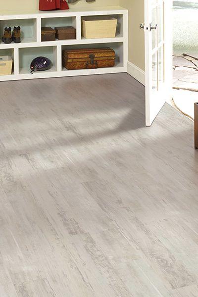 Luxury vinyl flooring in Clear Lake, TX from Carpet Giant