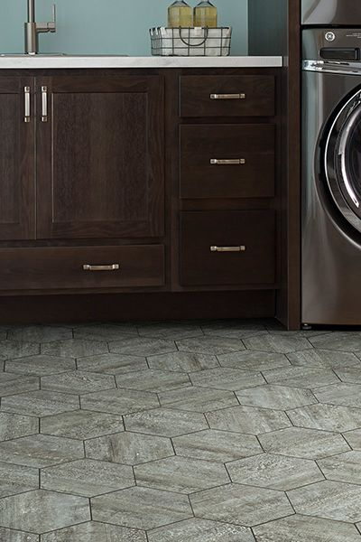Luxury vinyl flooring in Milford, CT from Carpet & Tile By The Mile