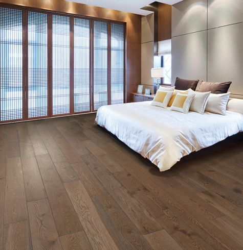 Luxury hardwood floors in Englewood FL from Quality Carpet Outlet