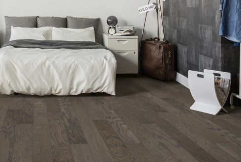 Gorgeous hardwood flooring in Folsom, CA from Simas Floor & Design Company