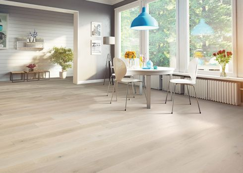 Gorgeous hardwood flooring in Plainfield, IL from Twin Oaks Carpet Ctr LTD