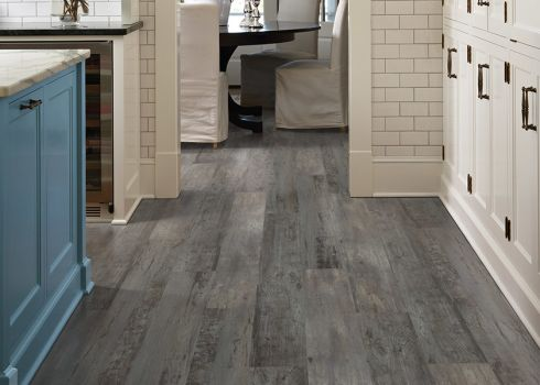 Luxury vinyl plank (LVP) flooring in Central Point, OR from Superior Carpet Service Inc