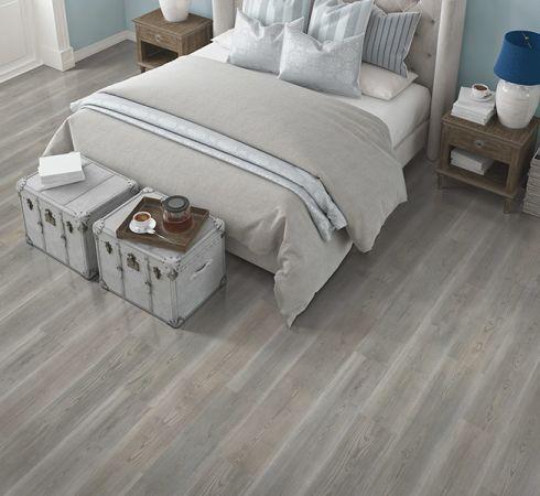 Modern laminate flooring in Lake Park, FL from Suncrest Supply
