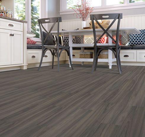 Luxury vinyl plank (LVP) flooring in Hampton, VA from EXpress Flooring