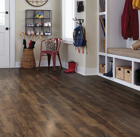 Wood look laminate flooring in Beaufort, SC from Gilman Floors