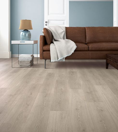 Laminate Flooring In Glendale From Arrowhead Carpet Amp Tile