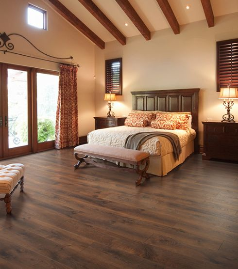 Wood look laminate floors in Pleasant View TN from Guthrie Flooring