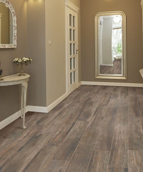 Ceramic tile flooring in Grimes, IA from Luke Brothers Floor Covering