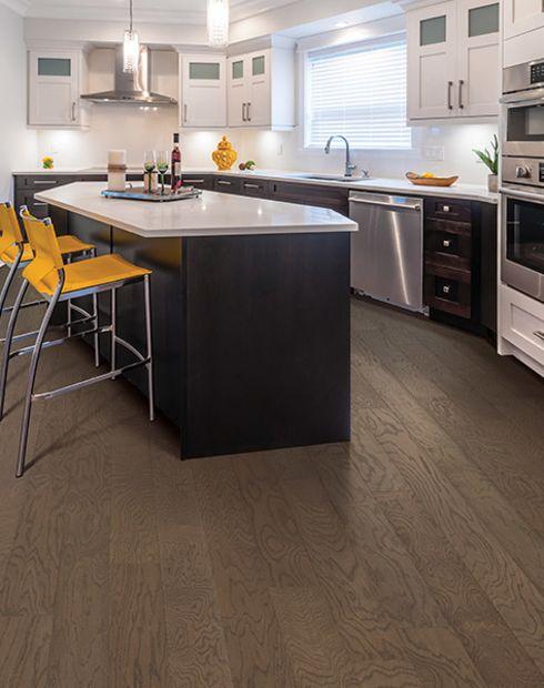 Hardwood flooring in Commerce, CA from Dura Flooring, Inc.