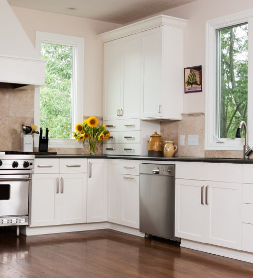 Stylish cabinets in Plano, TX from Home Floors