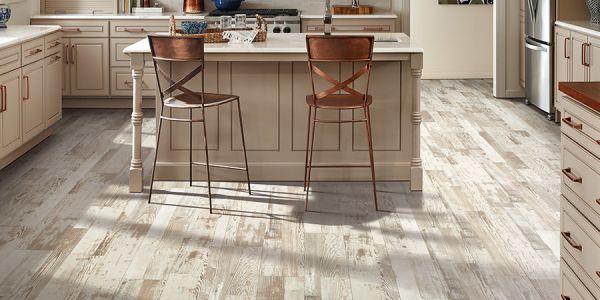 Laminate flooring in Corpus Christi TX from Tukasa Creations