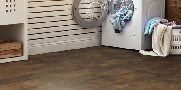 Laminate flooring in Newton, IA from Strand's
