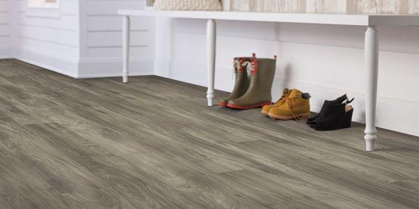 Luxury vinyl flooring in Homosassa, FL from Cash Carpet & Tile