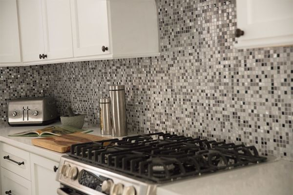 Custom tile backsplash in North Fort Myers FL from Friendly Floors