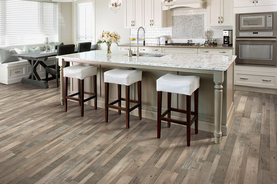 Laminate flooring trends in Covington, GA from Randy's Carpet Plus