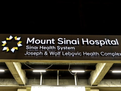 Mount Sinai Hospital in California is receiving help from Microsoft to fight Covid-19.