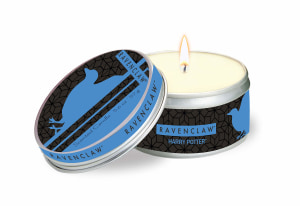 Harry Potter Ravenclaw scented tin candle. Large, clove and cedar