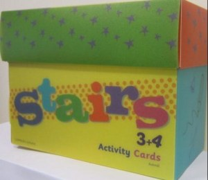Stairs 3+4. Activity cards. 128 oppgavekort. 16 kategorikort. 5 fasithefter