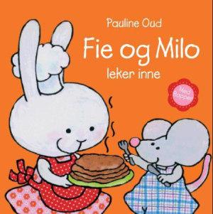 Fie og Milo leker inne
