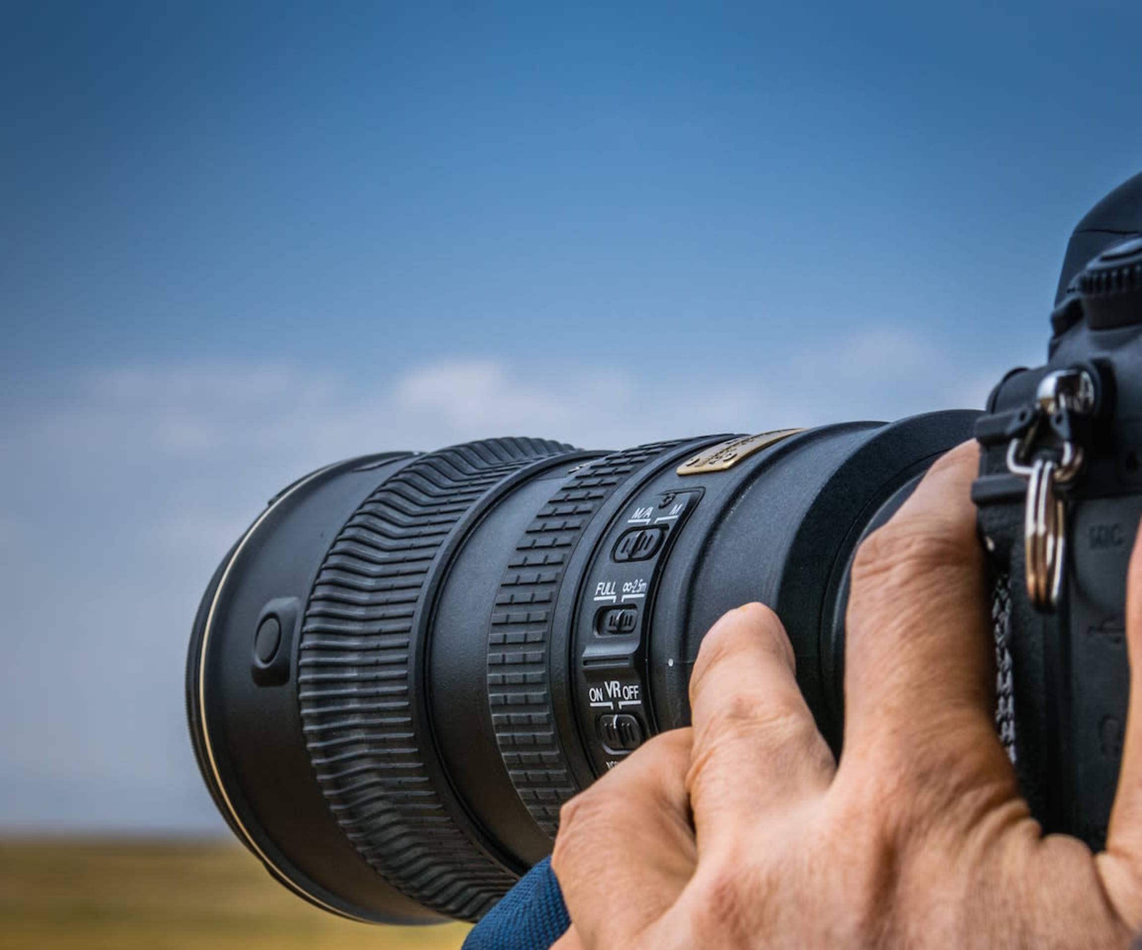 Prime Lens Vs Zoom Lens: Whats best for you?