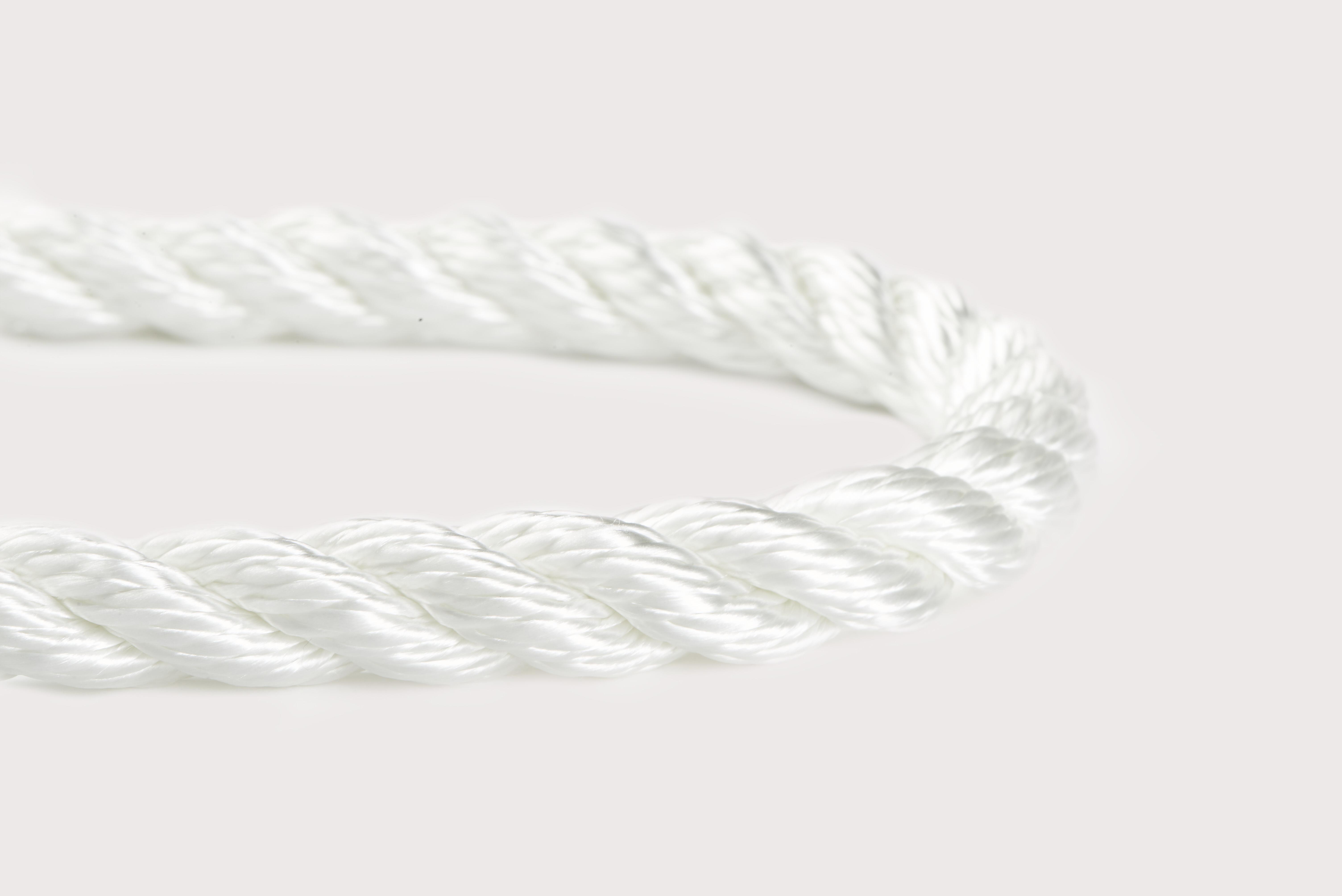 Orion-Cordage-Industrial 3-Strand Nylon-White-Curved182.jpg