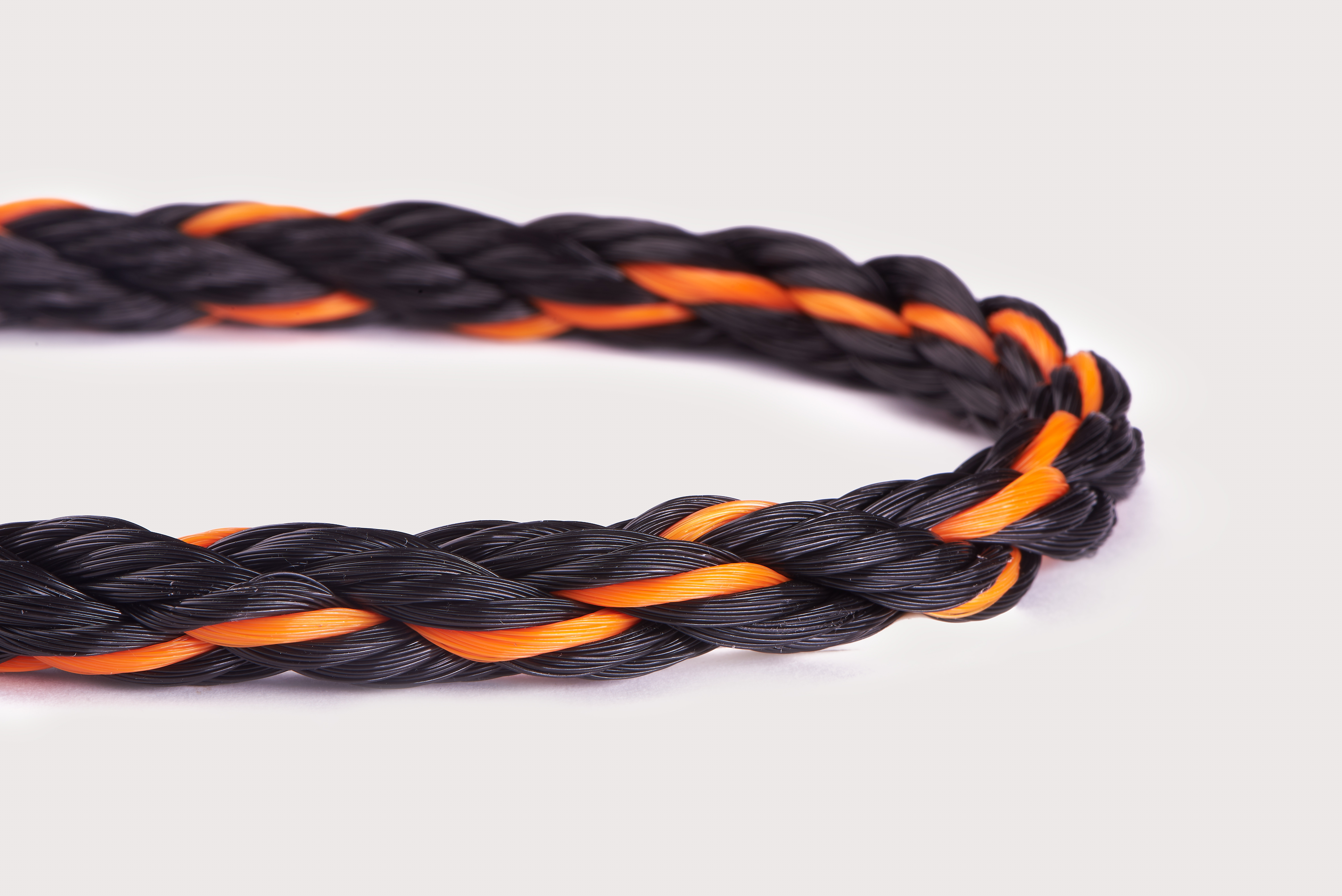 Orion-Cordage-Polylite 3-Strand Monofilament Polypropylene-Black I Orange-Curved226.jpg