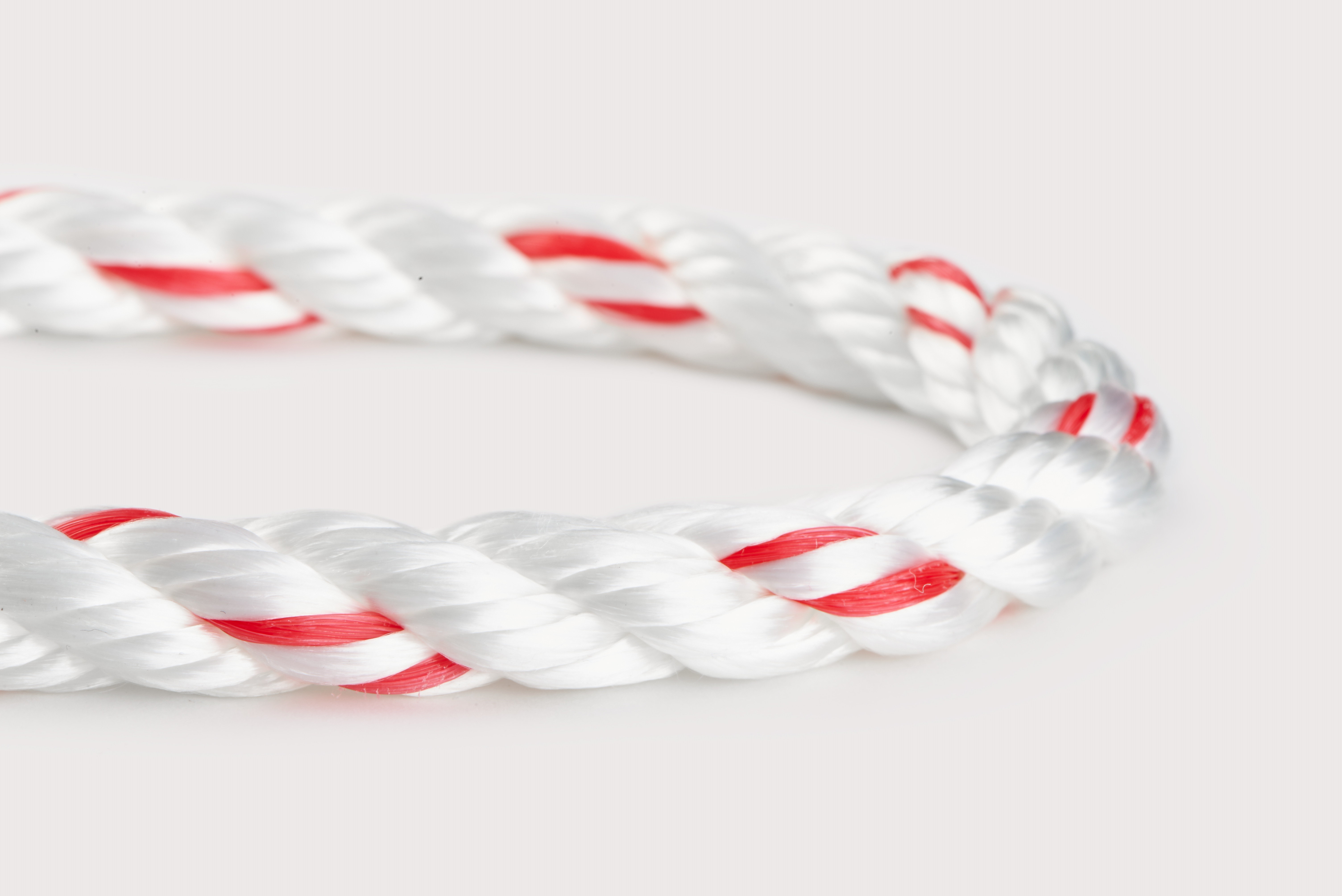 Orion-Cordage-Poly Plus Premium 3-Strand Combination-White I Red-Curved191.jpg