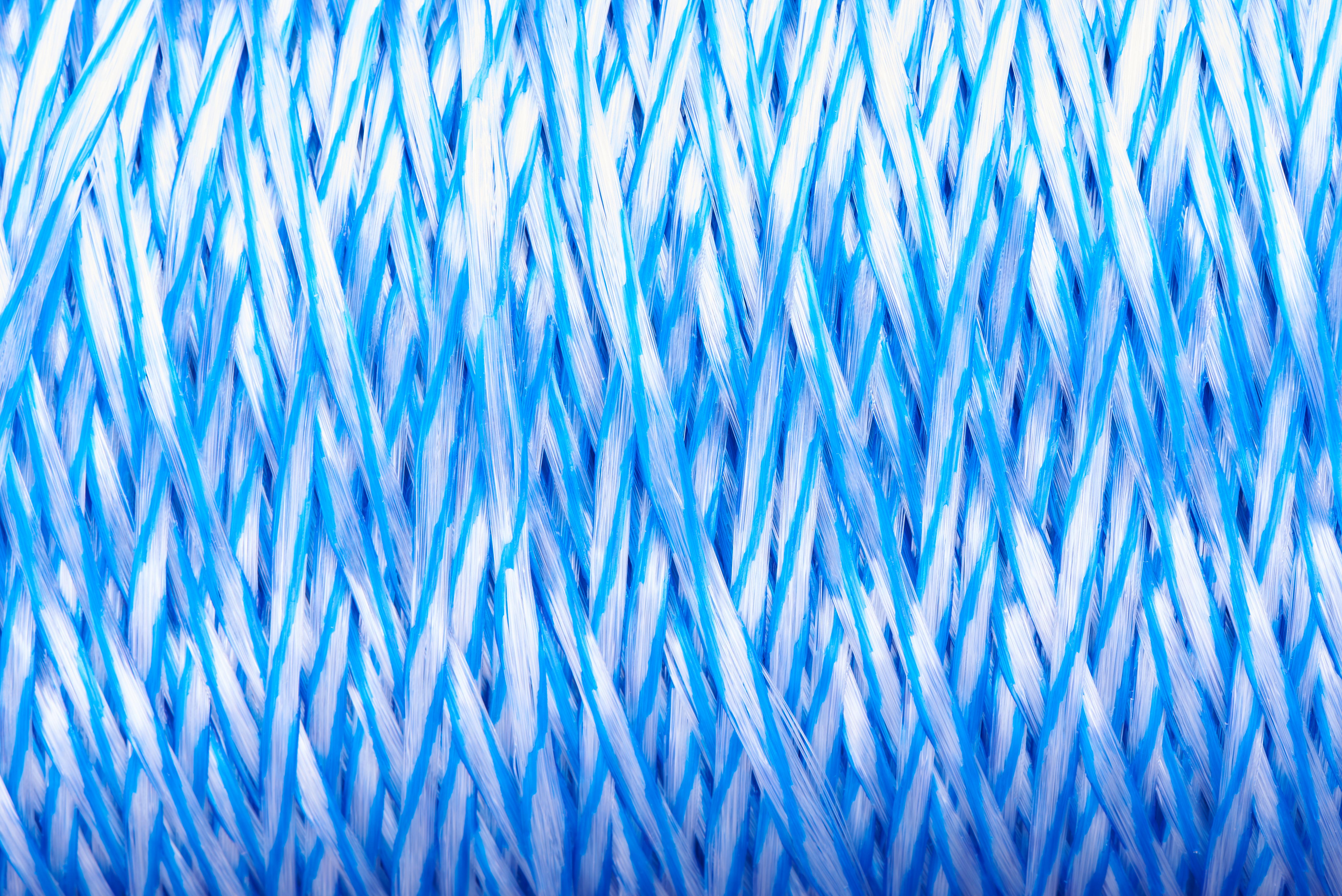Orion-Cordage-Radiant Film Tying Twine-Blue-Closeup275.jpg