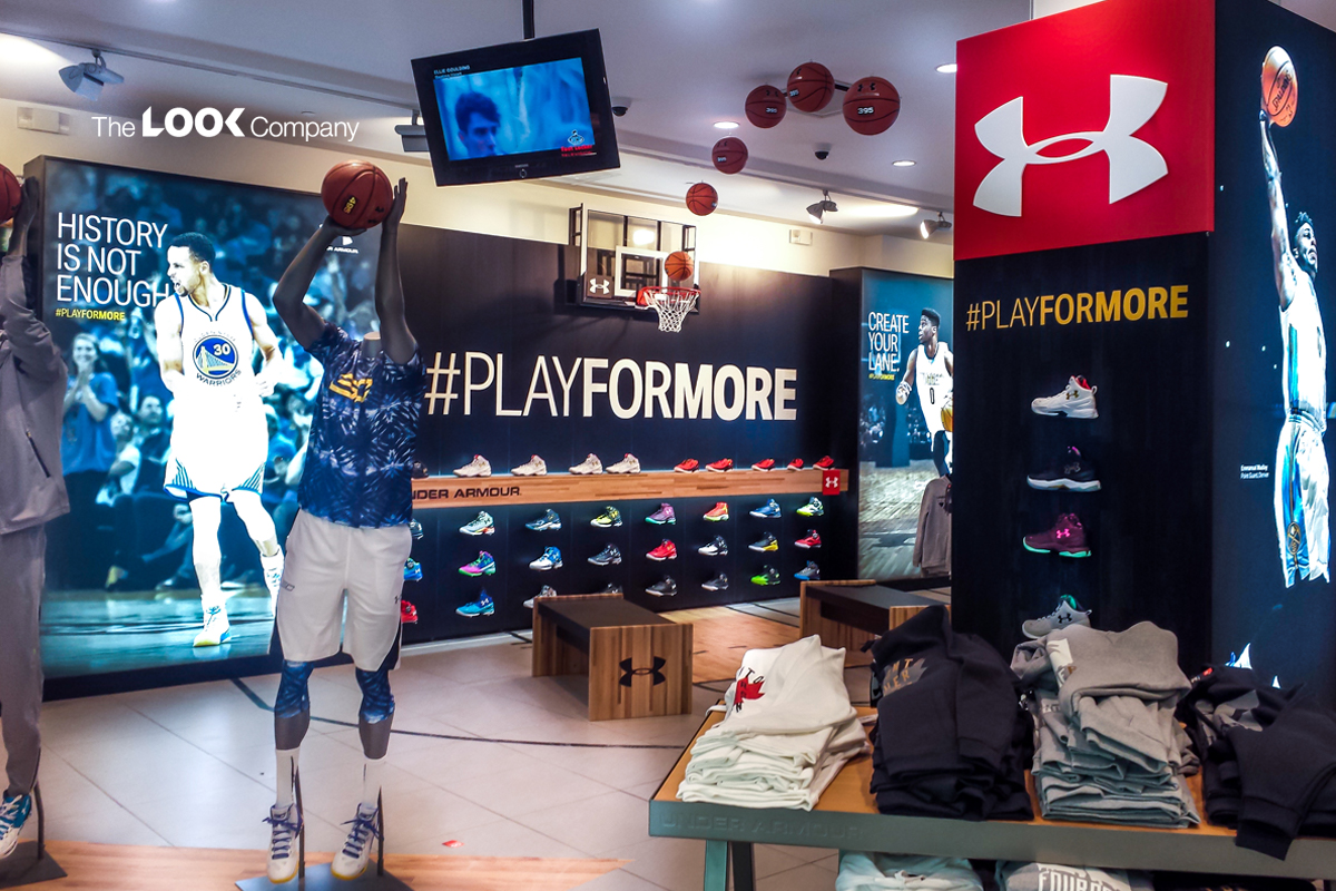 Pop up store under armour at footlocker immersive brand experience
