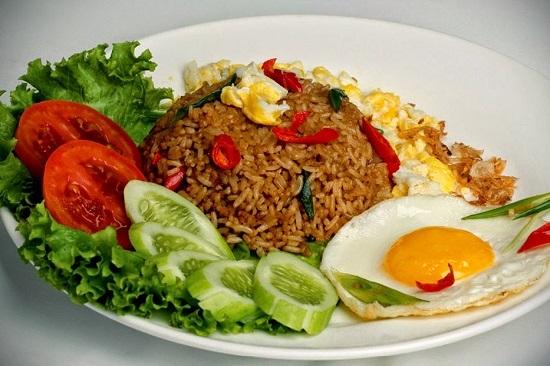 Resep Sederhana Nasi Goreng Telur Gurih Pedas Enak Lezat