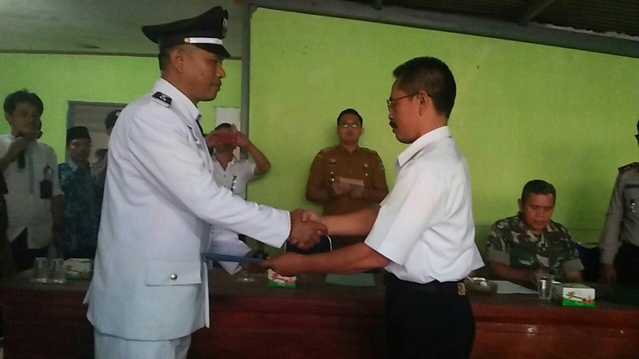 Serah Terima Jabatan Kepala Desa Nanggung Berjalan Hikmat