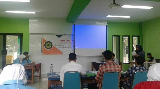 SMKN 1 Pandeglang Raih Juara Debat Pancasila