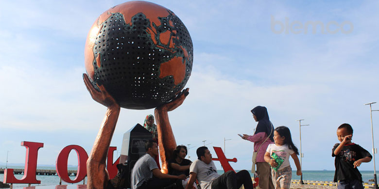 Sejarah Di Balik Keindahan Titik Nol Mercusuar Anyer Banten