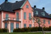 Nu blommar Villa Solbacken