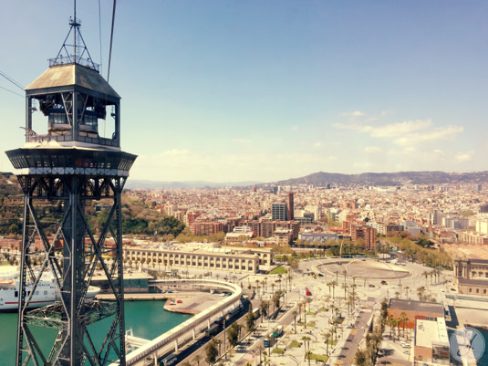 Lensbest-LensbestShop-LensbestBlog:https://res.cloudinary.com/fourcare/image/fetch/q_90/f_auto/fl_force_strip/https://www.lensbest.de/blog/LensbestBlog/20150420-janinasfashionreport-barcelona/2015_04_10_Janinas_Fashion_Report_Barcelona_Bild7.jpg