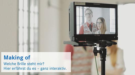 Lensbest-LensbestShop-LensbestBlog:https://res.cloudinary.com/fourcare/image/fetch/q_90/f_auto/fl_force_strip/https://www.lensbest.de/blog/LensbestBlog/20150306-brillenberaterfilm-making-of/Standbild_Making_Of_535x300_2.jpg