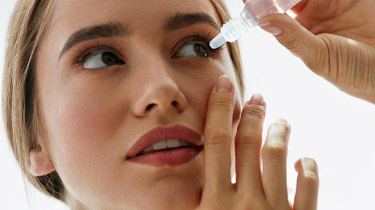 Lensbest-LensbestShop-LensbestBlog:https://res.cloudinary.com/fourcare/image/fetch/q_90/f_auto/fl_force_strip/https://www.lensbest.de/blog/LensbestBlog/20170308-kontaktlinsen-bei-allergien/teaser-535x300-kl-bei-allergien.jpg