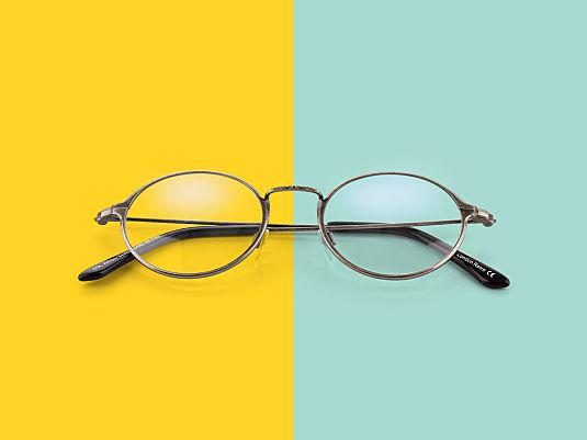 7 Zeichen, dass es Zeit für eine neue Brille ist