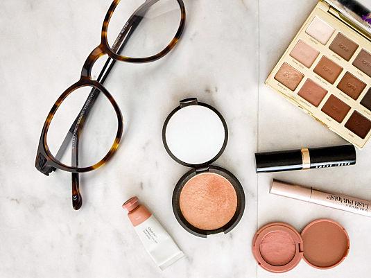 5 Make-up Fehler für BrillenträgerInnen